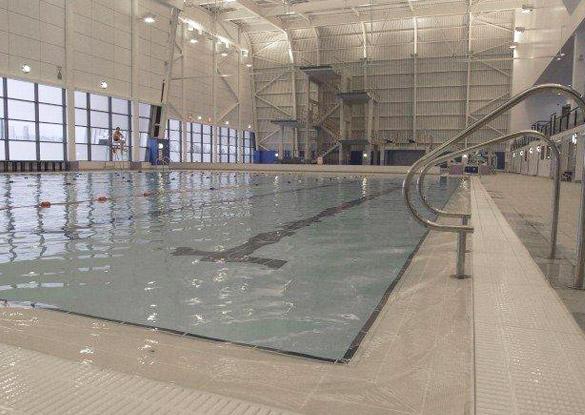 Anti Pick Prison And Swimming Pool Sealant Application