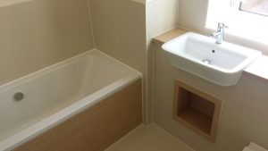 high-modulus-silicone-to-bath.jpeg